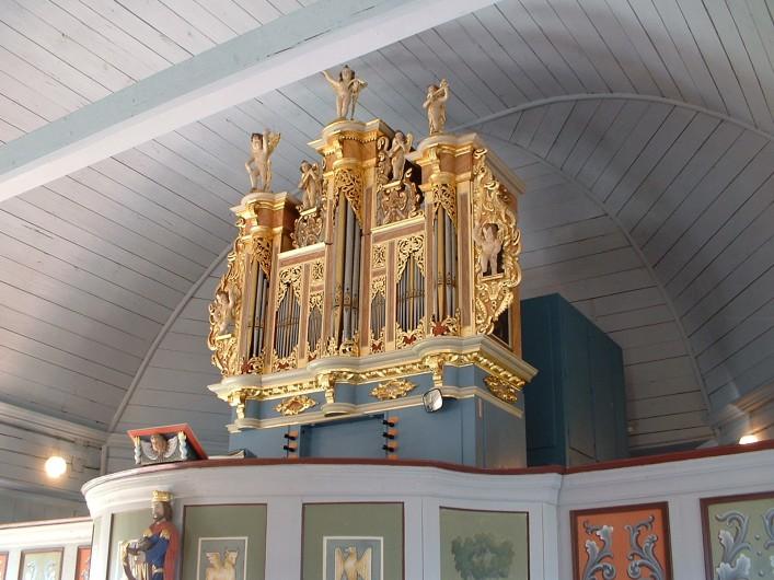Hedenäsets kyrka